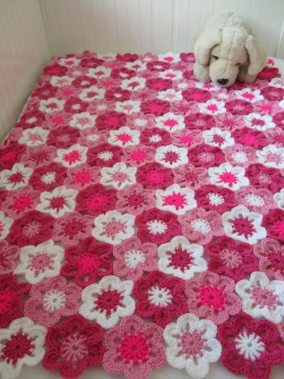 *** This is a crochet pattern and not the finished item ***  A sweet looking blanket to make for your little one or to give as a present.  The