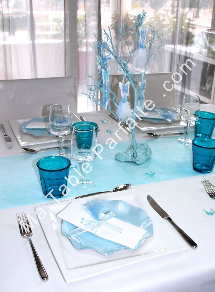 A table avec cette box d co de table bleu loulou en vente for Decoration de table bleu