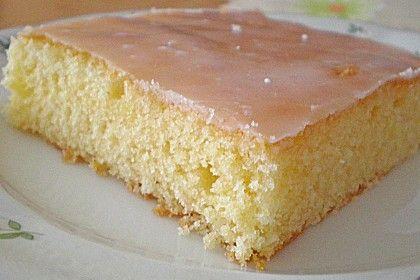 Zitronenkuchen vom Blech, ein schönes Rezept aus der Kategorie Kuchen. Bewertungen: 121. Durchschnitt: Ø 4,7.