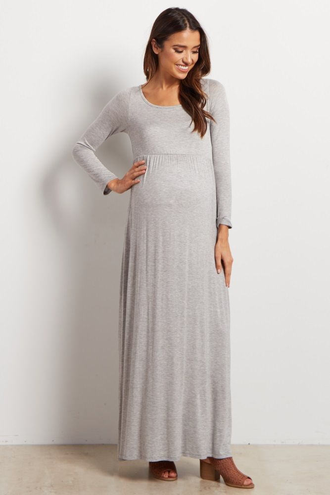 85c8a847066 17. Long maternity dresses for special occasions