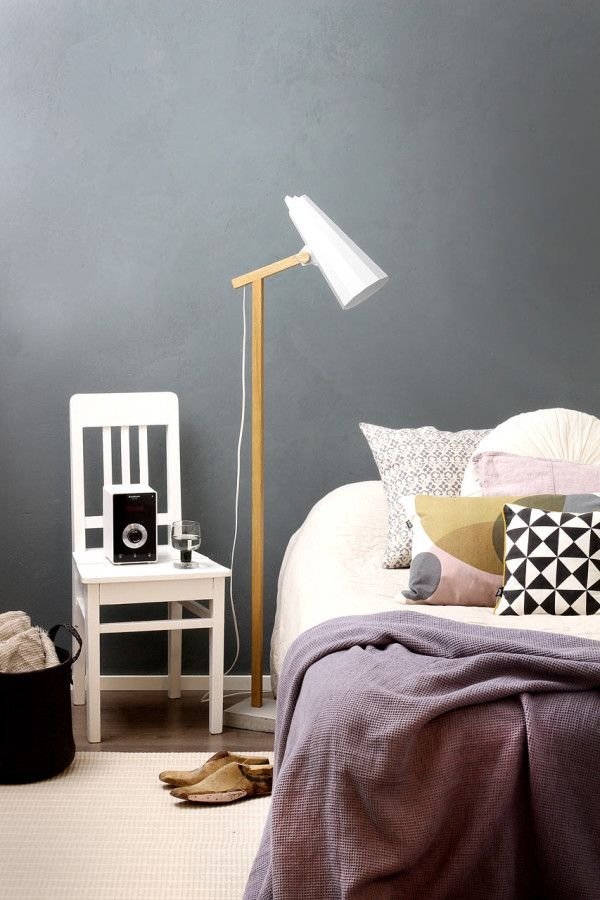 Filly Short Neck Floor Lamp