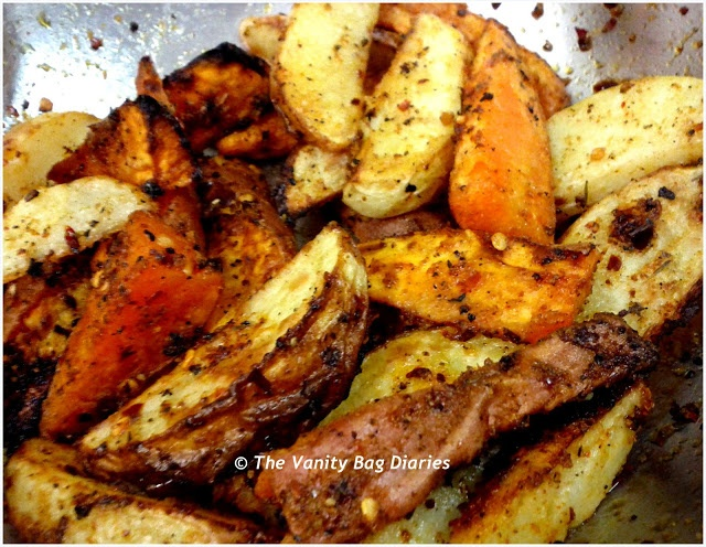 Hi    Hope you guys had a wonderful weekend .. n that Monday is treating you well :)...This Monday's Meal of the day (MOTD) is 'Baked Potato Wedges' a healthier option to the traditional Potato Wedges that we all love..                  Ingredients       Sweet Potato, Washed Potato, Olive Oil, Butter, Chilli Fl