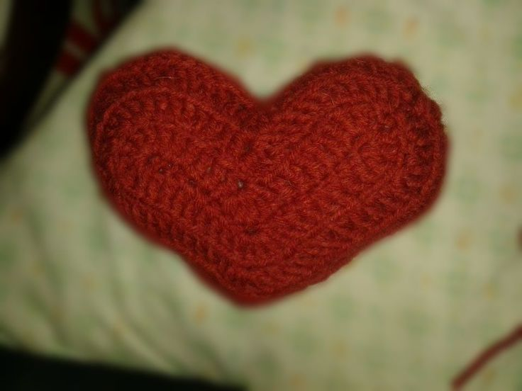 cuore amigurumi in lana
