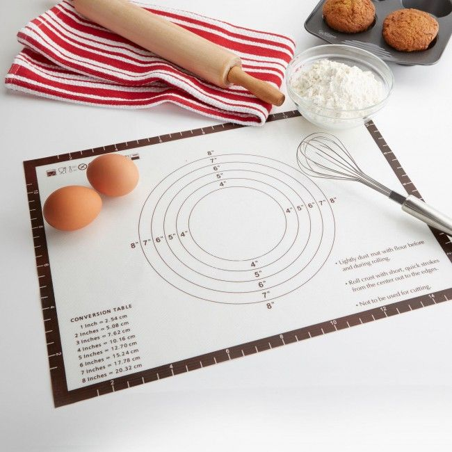 Used daily by professionals, silicone baking sheets are great for preparing, baking, cooking and heating up food.  Easy to clean, simply wipe sheets off using hot water and dish soap. Store sheets by either rolling or keeping flat in a clean, dry area.  Silicone baking sheets replace parchment paper and withstand temperatures from -4.4°C up to 248°C (-40°F up to 480°F). This silicone baking sheets is nonstick, no greasing necessary.