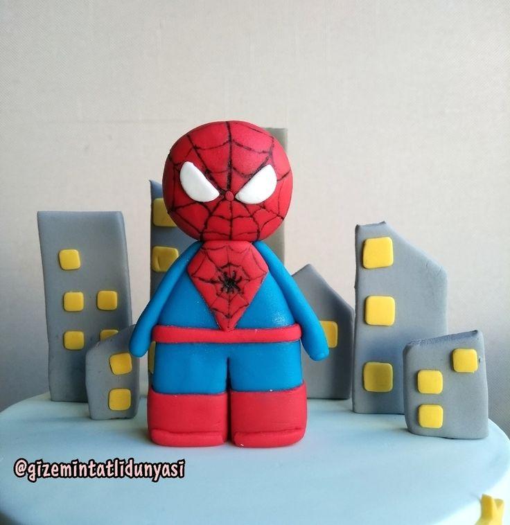 """123 Beğenme, 2 Yorum - Instagram'da Butik Pasta / Kurabiye🍪🍰 (@gizemintatlidunyasi): """"Çınar 5 Yaşında 🌃 #spiderman #legospiderman #spidermancake #spidermanpasta"""""""