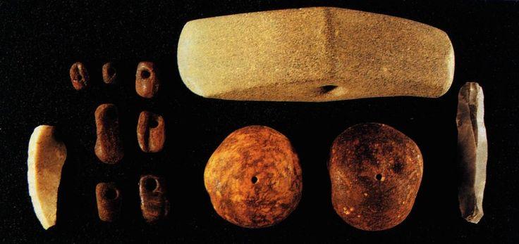 Fund fra stenaldergravhøj. Museum Midtjylland.