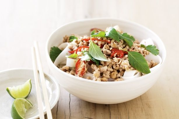 Use herbs to give meals a healthy flavour punch. This delicious main has more taste, less waist! #chickenmince