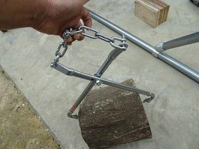 薪割り機に使う自作トングの改良|趣味工作の便利屋:あなたの困っているものづくり・試作を応援します