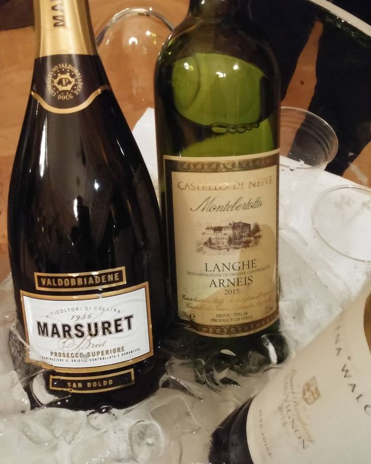 Lisää juomia #viini#wines#winelover#winegeek#instawine#winetime#wein#vin#winepic#wine#wineporn herkkusuu #lasissa #Herkkusuunlautasella