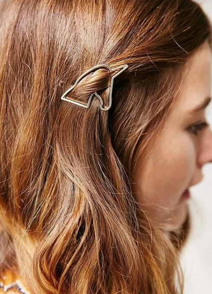 Adorable whimsical unicorn hair clip Comes as a single hair clip