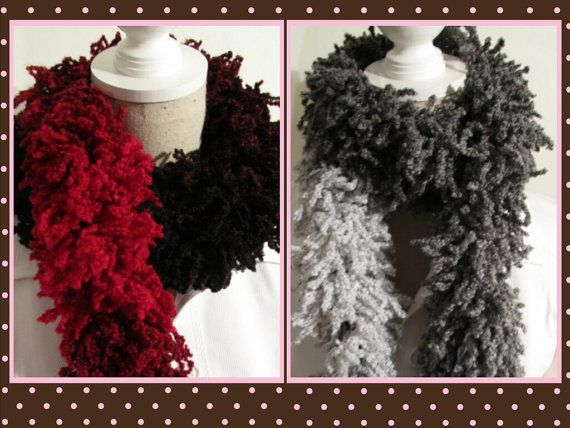 Olala Knitting  Ruffle Scarf Red Black White by MinnieCreation, €19.24
