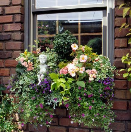 30 bright and beautiful window box planters - Window Box Planters
