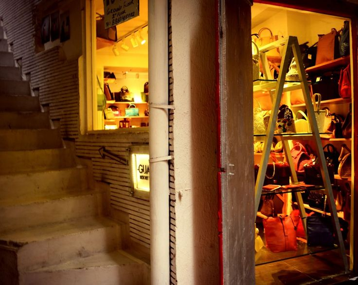 Hauz Khas Village - A Foodie's and Shopper's Paradise