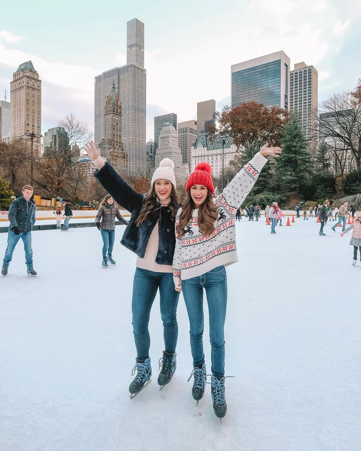 """""""Zuerst machen wir zwei Stunden Schneeengel, dann gehen wir Eislaufen, dann essen wir eine ganze Rolle Tollhouse-Keksteig so schnell wie …"""