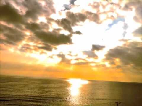 PositiveThoughts (self-hypnosis meditation) This is a great video!