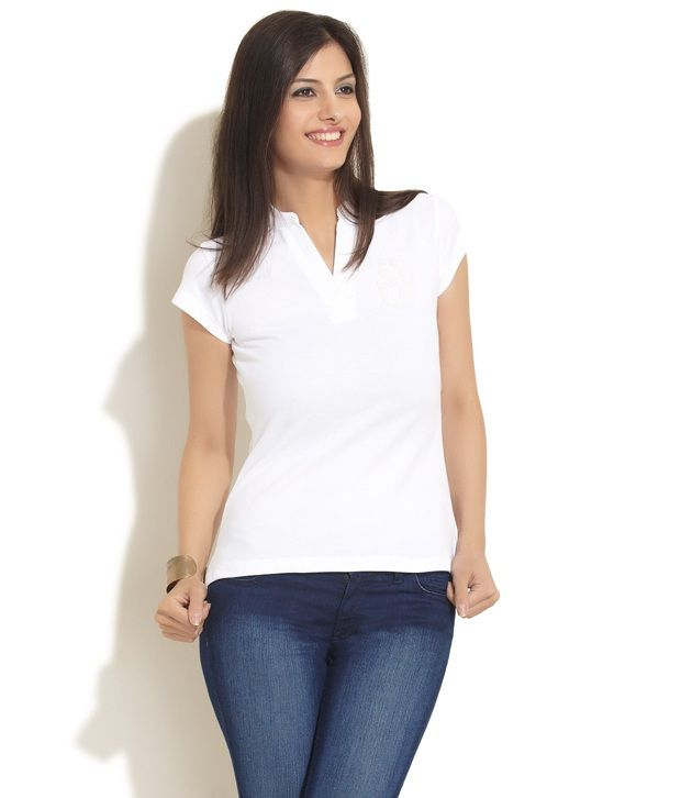 White Cotton T-Shirt, http://www.snapdeal.com/product/mohr-white-cotton-tshirt/1623823449