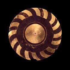Disco rotatorio. Tumbaga. 600 d.C. - 1700 d.C. Nariño. 15,3 cm