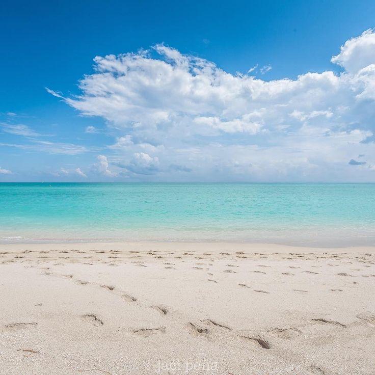 Surfside Beach Florida by jacipena #miami #florida #miamibeach #sobe #southbeach #brickell #surfside