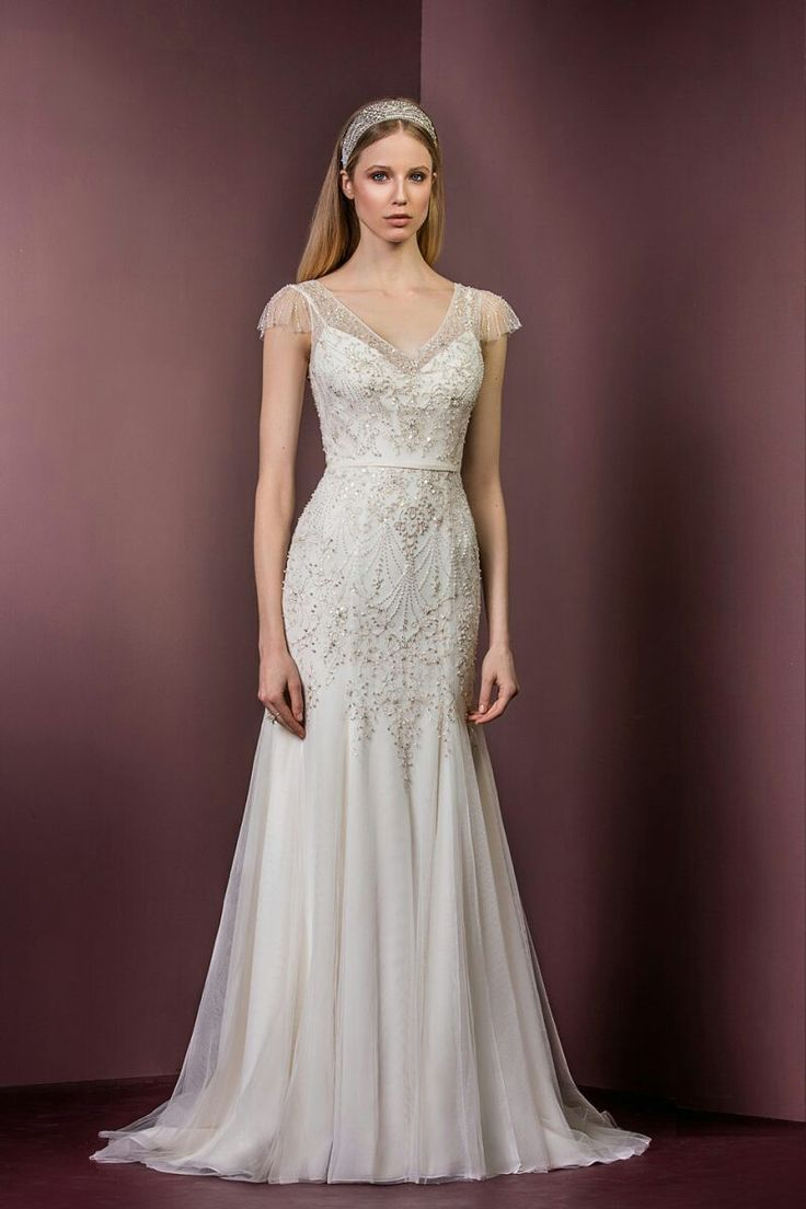Stunning Ellis Bridals wedding gown 18036 www.timelessbride.co.uk.
