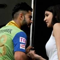 After Virat Kohli's dismissal in India's 5th ODI against South Africa, TV screens began focussing on his girlfriend, Anushka Sharma sitting in the crowds, cheering him on. Within a few seconds of this, tweets bashing Anushka Sharma starting breaking Twitter - making it the zillionth time that the public began blaming her for India's loss.<div><br></div><div>Is it fair to pick such a side? Is it fair to blame a man for having a personal life? We all have personal lives and just because his…