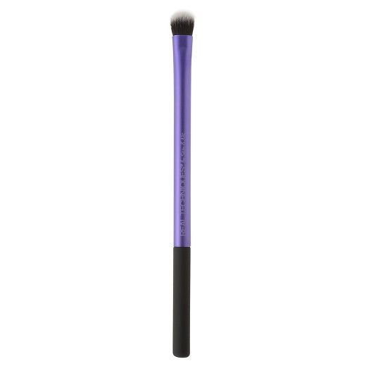 <p>Designed with pro makeup artists Sam + Nic Chapman, Real Techniques brushes combine high-tech materials with innovative design to make creating a pixel-perfect look easier than ever:</p><p> </p><p>- Synthetic bristles are ultra plush and smoother than the hair you'll find in other brushes. The bristles are synthetic which means all of our brushes are 100% cruelty-free. The soft ...