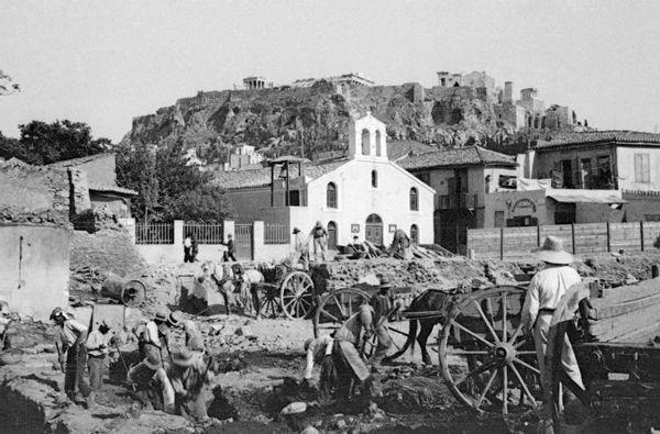 Άγιος Γρηγόριος, στην οδό Μητροπόλεως, πριν το 1900.