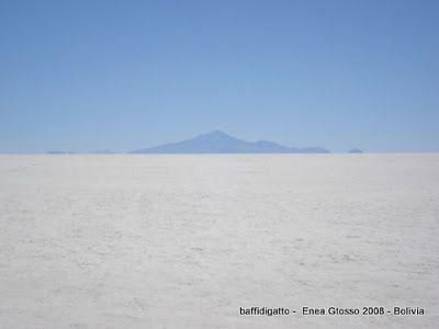 baffidigatto: Luoghi che sono poesia: Salar de Uyuni e 'lagunas'...