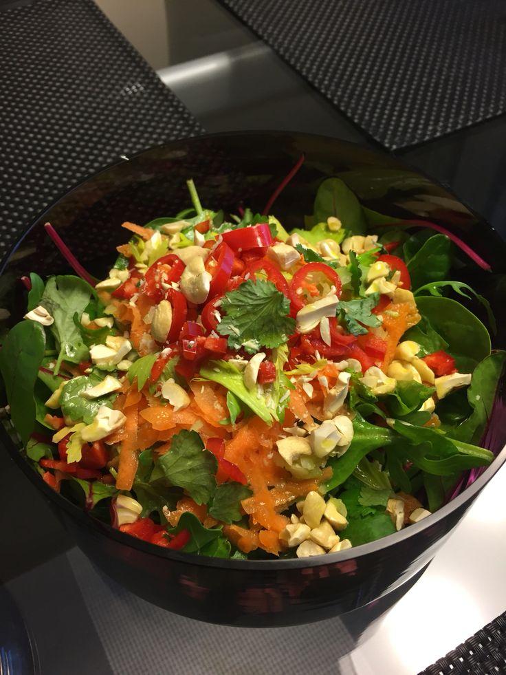 Thai salaatti