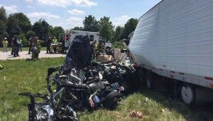 Prayer service held for family in Indiana crash   WDTN