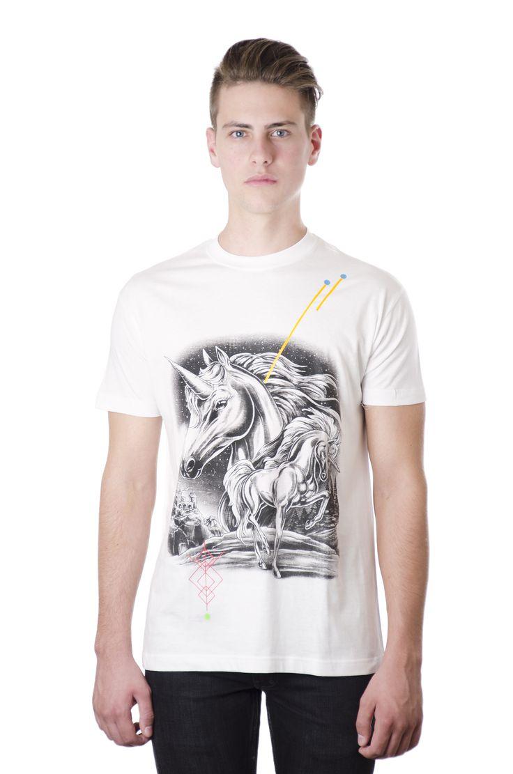 Unisex White Tshirt / Design: Unicorn