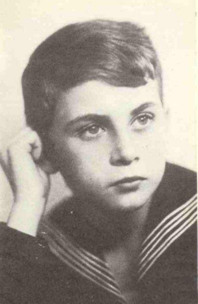 K K Baczyński w wieku szkolnym