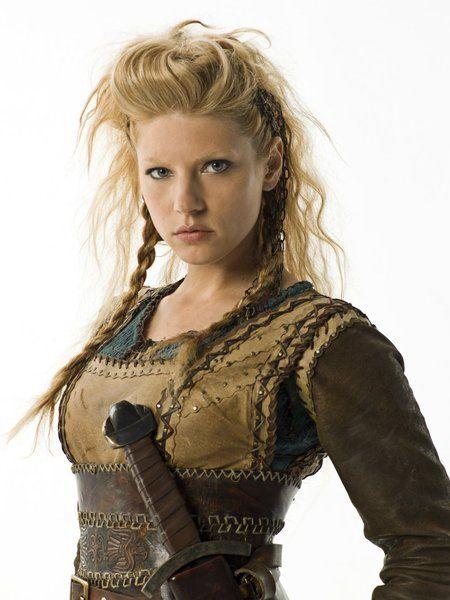 """Katheryn Winnick in """"Vikings"""""""