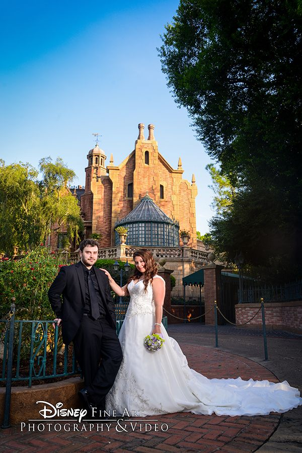The All Disney Wedding Gallery On Disneys Fairy Tale Weddings Is A Collection Of Photos Featuring Themed Ideas And Inspiration