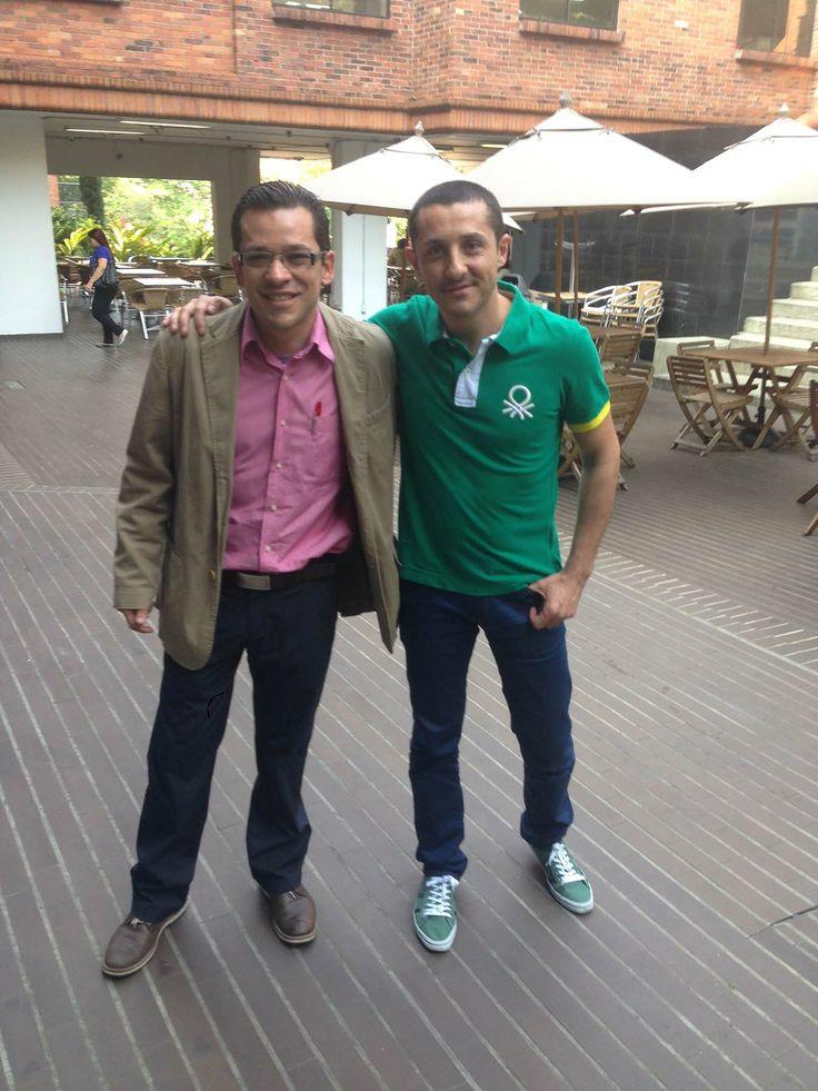 Con mi buen amigo y compañero en Institución Universitaria Esumer Medellin, William Camilo Sánchez, a punto de comenzar la Jornada de Neuromarketing Práctico