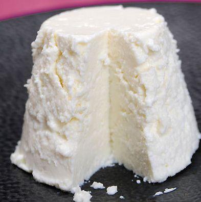 How To Make Ricotta Cheese Using Cream Milk Salt And Lemon Juice