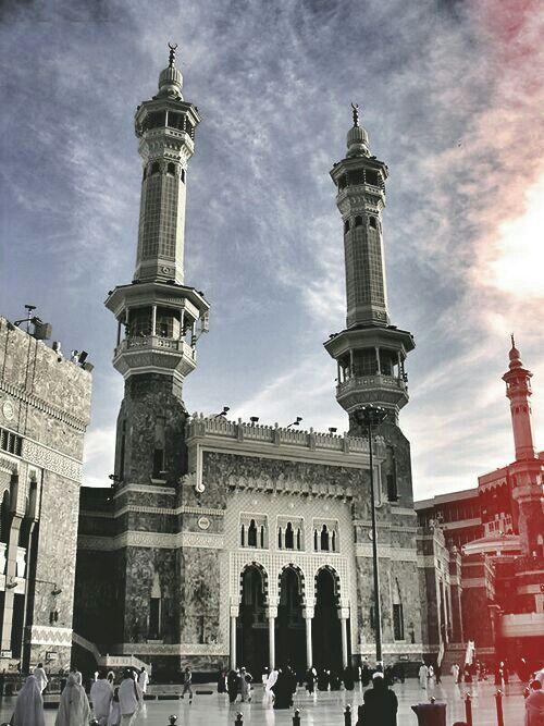 Holy Mosque - Makah - Saudi Arabia makikipagsapalaran na din sa bansang ito
