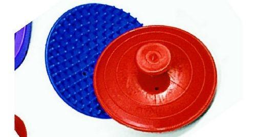 Plastic massage borstel
