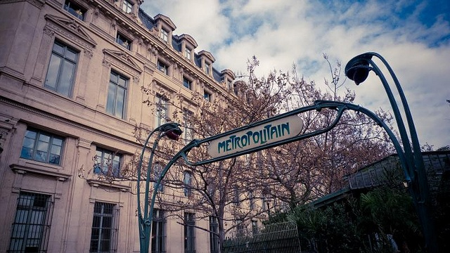 Paris metropolitan metro