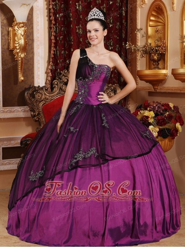 Discount Purple Quinceanera Dress One Shoulder Taffeta and Organza Beading and Appliques Ball Gown  http://www.fashionos.com  http://www.facebook.com/quinceaneradress.fashionos.us  This gown features one shoulder strap that is encrusted with crystals and embroidery on the front.The bottom of the skirt has lovely ruched details.A bit retro and a lot gorgeous!You will look like a queen in the pretty dress.