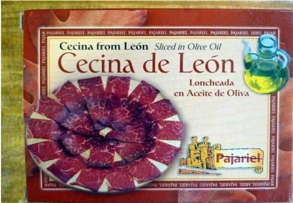 Cecina de León, elaborada de forma artesanal con aceite de oliva. Se presenta loncheada, en un blister envasado al vacío.