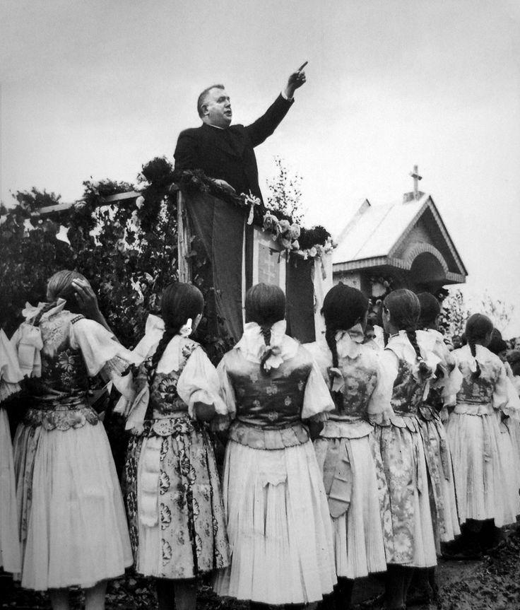 President Dr. Tiso surrounded by Slovak girls during a political manifestation at Skalité.