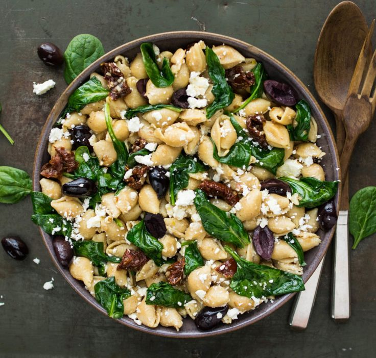 Spinach and Feta Shells  | Made with Banza chickpea pasta