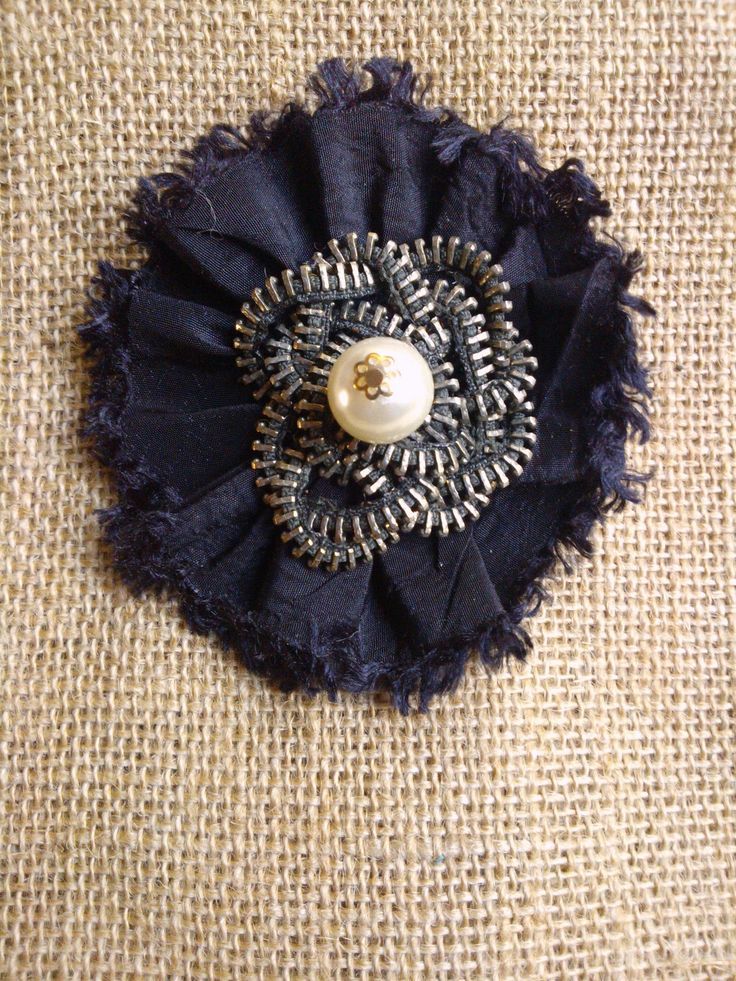 #brooch #fabric #craft