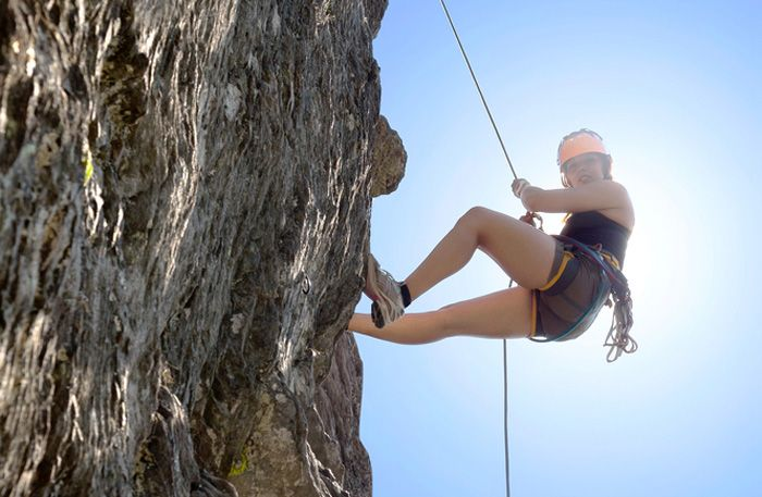 Abseiling Hen Party Packages