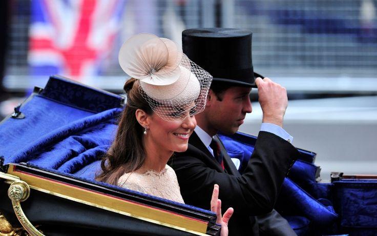 La duchessa di Cambridge è nata il 9 gennaio 1982. Ha conosciuto il principe William durante gli anni dell'università ed è diventata sua moglie nel 2011. È considerata tra le reali più belle di sempre. LA GALLERY