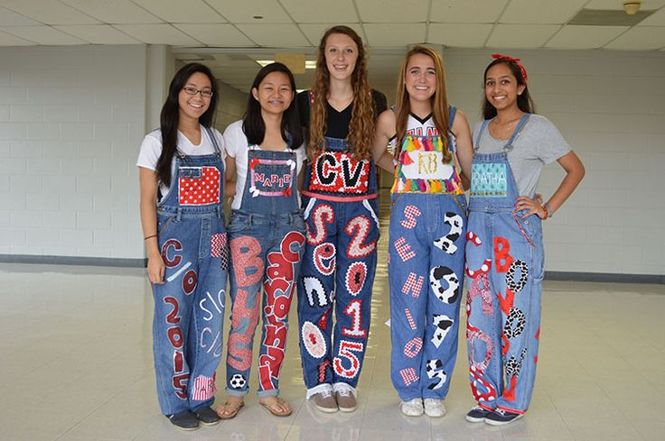 Senior Overalls Tradition | Seniors Show their Spirit with Yearly Tradition