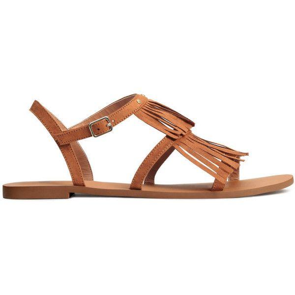 Sandalen met franje 19,99 (825 MKD) ❤ liked on Polyvore featuring shoes, sandals, studded shoes, studded sandals, h&m sandals and h&m shoes
