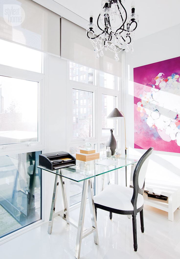 Modern light-filled home office {PHOTO: Janis Nicolay}
