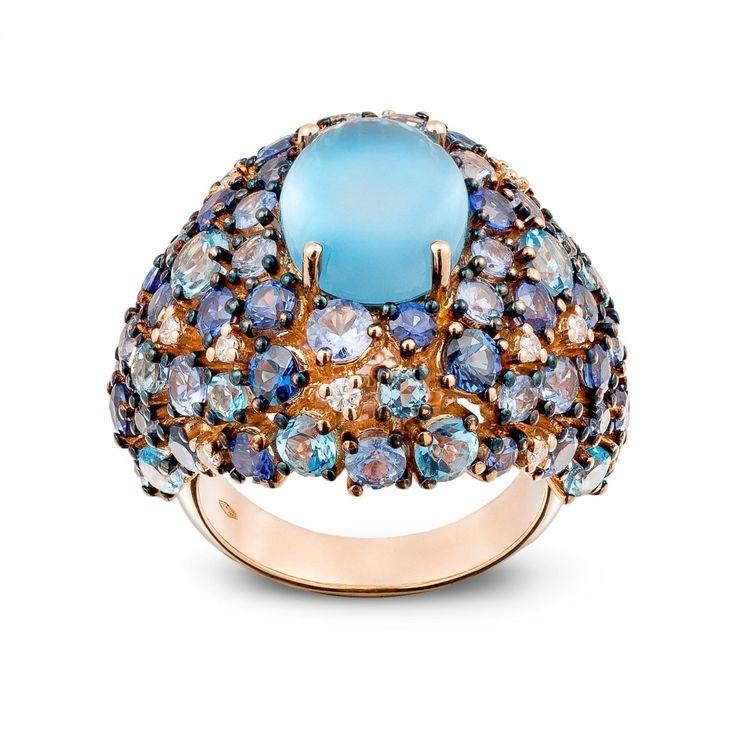 Anello oro rosa, diamanti, topazio blu london e zaffiri blu