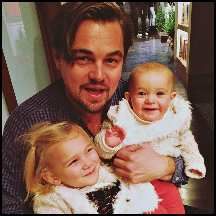 Leo (December 25, 2016.) celebrating Christmas at his home, in Los Angeles, with the children of his friend Dash Mihok.